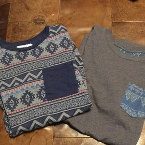 2 men's small pocket tees On the byas